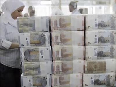 الاقتصاد السوري يتضعضع والليرة تهوي