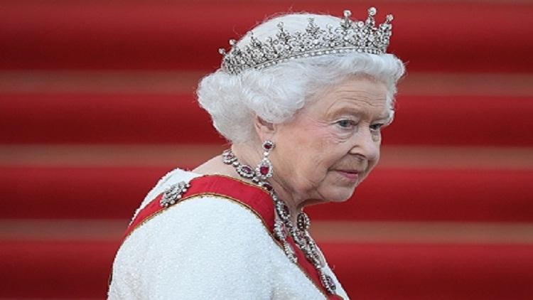 وقعت الملكة