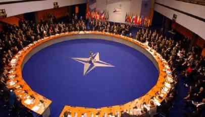 «الناتو» يدعو لمفاوضات بين «طالبان» والحكومة الأفغانية