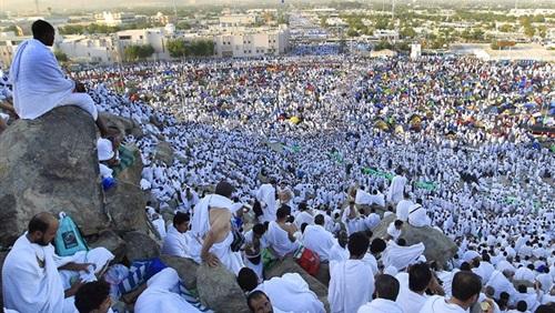 رئيس لجنة الحج: رحبنا بالقطريين.. لكن الدوحة رفضت! 1
