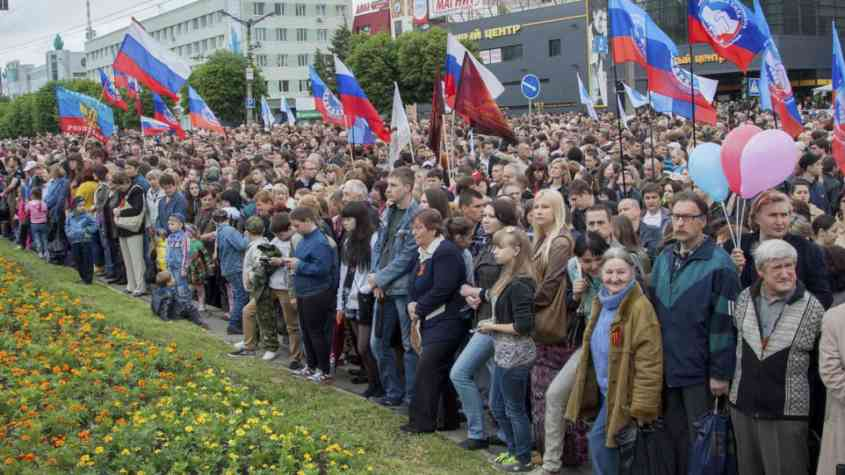 10 آلاف شخص في حفل موسيقي روسي بلوغانسك 1