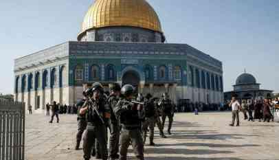 """"""" أبو مازن"""" يحذر من مخططات إسرائيلية لتقسيم المسجد الأقصى"""