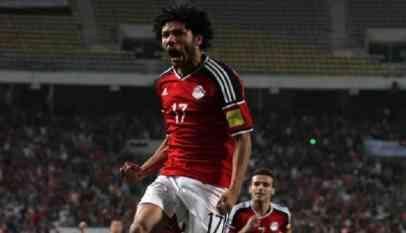 شكوك حول مشاركة النني في مباراة مصر وتونس