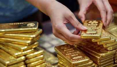 أسعار الذهب بفعل ارتفاع الأسهم والدولار