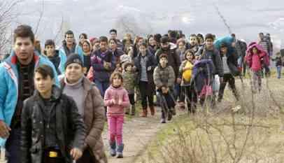 إعادة دفعة جديدة من اللاجئين السوريين بلبنان