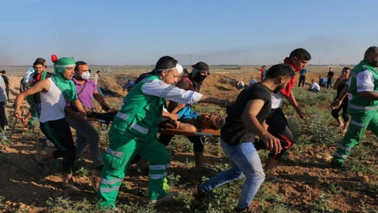 الاحتلال يصيب ثلاثة فلسطينيين