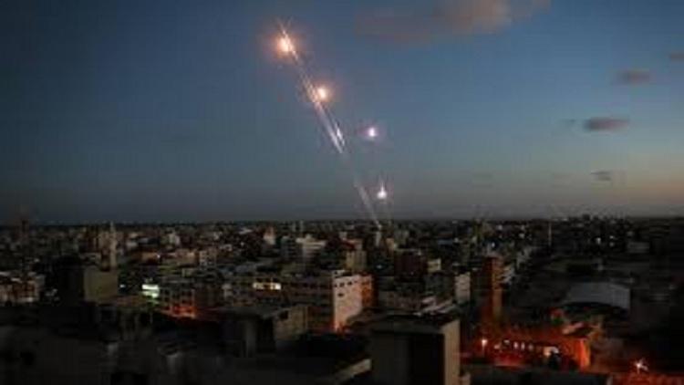 الهدوء يبدأ في التسرب إلى غزة