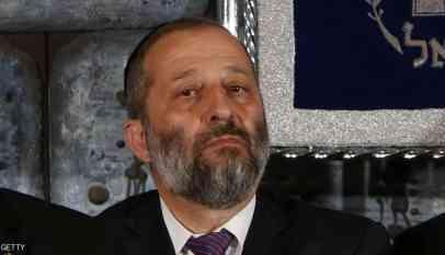 وزير الداخلية الإسرائيلي يواجه تهم فساد