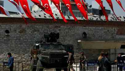 السلطات التركية تعتقل 27 مهاجرا