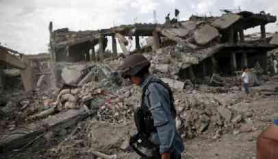 تفجير انتحاري يقتل العشرات وسط كابل