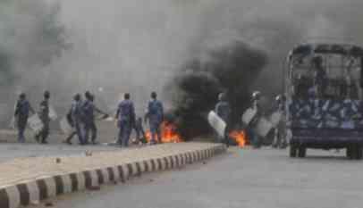وزير الإعلام السوداني: عدد قتلى الاحتجاجات 19 شخصا
