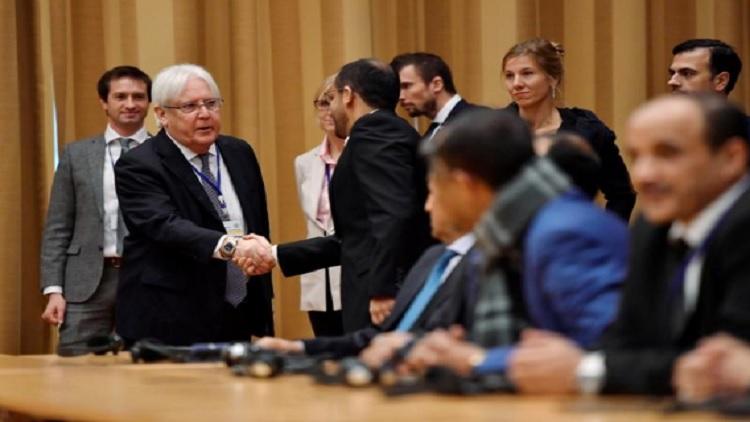 «الحوثي» تقترح تشكيل حكومة انتقالية لليمن