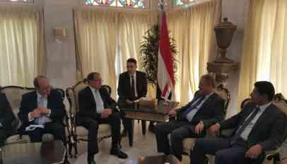 الحكومة اليمنية تقترح مبادرة بشأن الحديدة