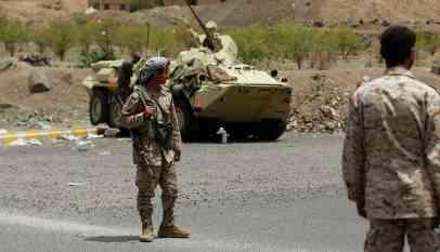 السعودية تجند متمردين سودانين