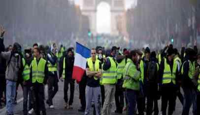 انخفاض شعبية الرئيس الفرنسي