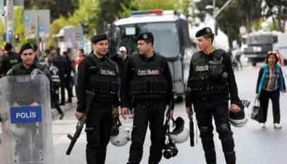 شرطي يقتل مدير أمن ولاية تركية