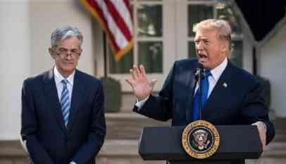 ترامب يبحث إقالة رئيس الاحتياطي الفيدرالي