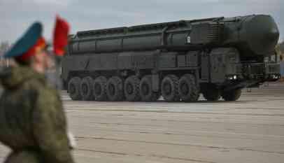 روسيا تهدد بقصف منشآت صاروخية أمريكية