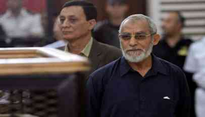 تخفيف حكم مؤبد على مرشد الإخوان