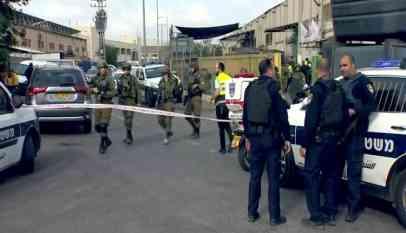 الاحتلال يطلق النار على شاب فلسطيني
