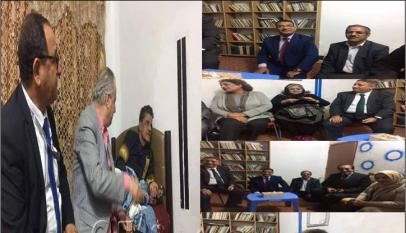 """وفد من وزارة الثقافة واتحاد كتاب العراق يزور الشاعر """" كريم جخيور'"""