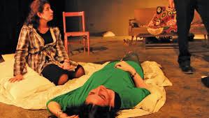 """أهم العوامل والمعايير التى أنجحت مسرحية """"البيت"""" 6"""