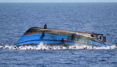 مصرع 15 مهاجرا في البحر بسبب الجوع والعطش