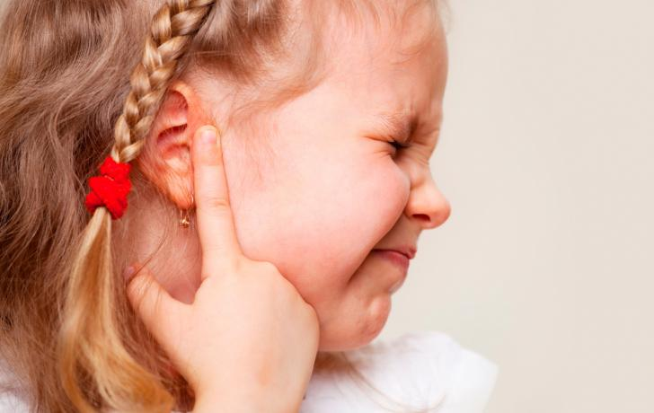 التهابات الأذن الوسطى لدى الأطفال