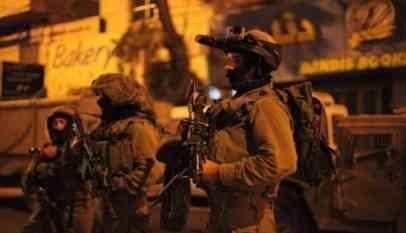 الاحتلال يعتقل نائبين وقيادي من حماس
