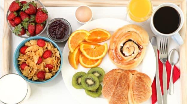أطعمة يجب تناولها في الصباح