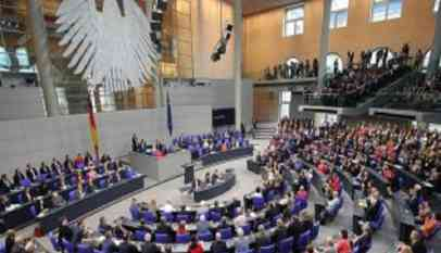 برلين تعلن استمرار حظر تصدير أسلحة للرياض