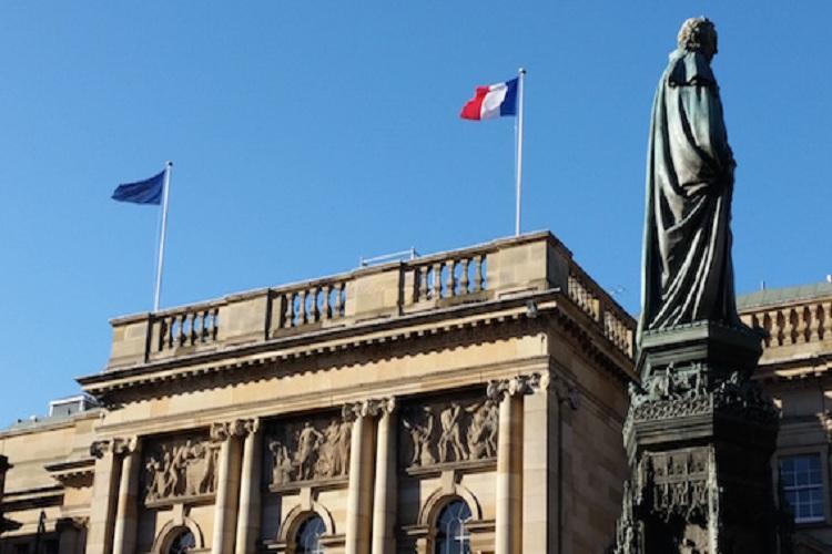 ارتفاع عدد وفيات فيروس كورونا في فرنسا