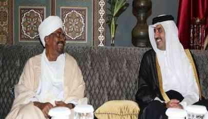 أمير قطر يجدد دعمه للبشير