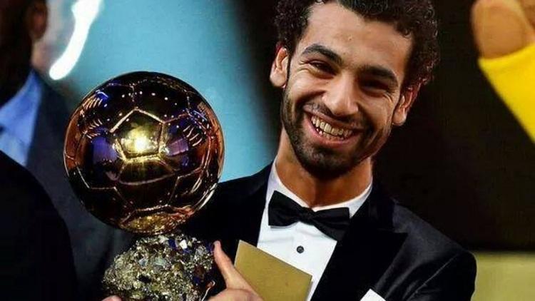بعد تتويجه بجائزة أفضل لاعب إفريقي.. صلاح: أهدي الجائزة لبلدي مصر
