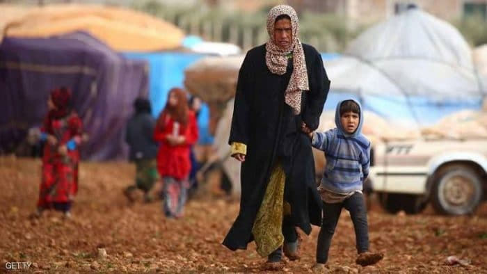 آلاف السوريين نزحوا جراء معارك التحالف