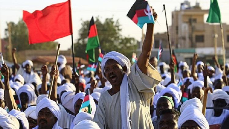 استشهاد 3 متظاهرين في أم درمان