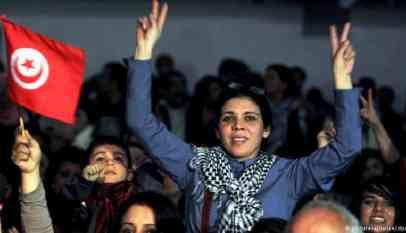 ستظل المرأة العربية مقاومة