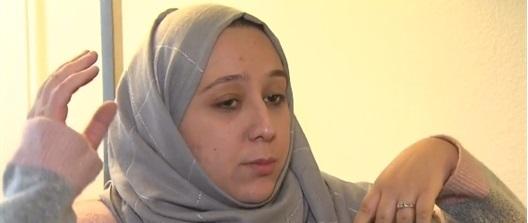 سيدة مسلمة أمريكية تتعرض للاعتداء