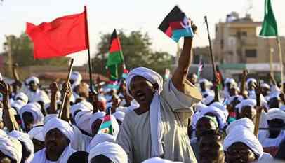 اندلاع احتجاجات سودانية بشكل موسع