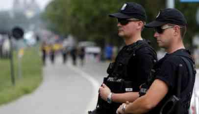 بولندا تعتقل موظفين بتهمة التجسس