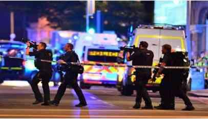 هجوم في مانشستر البريطانية يصيب 3