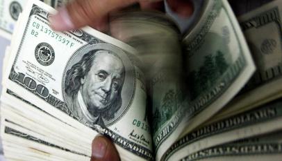سعر صرف الدولار أمام العملات العربية والعالمية