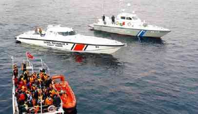 السلطات التركية تضبط 44 مهاجرا