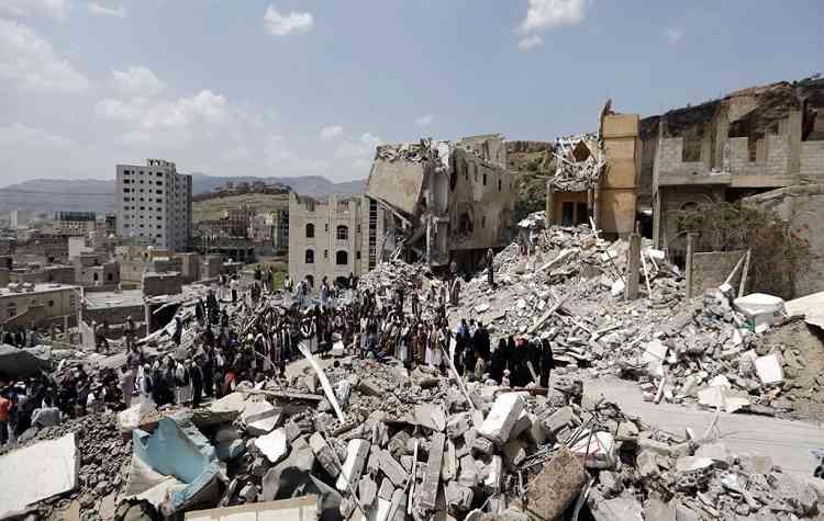 التحالف يقتل جنود يمنيين بالخطأ