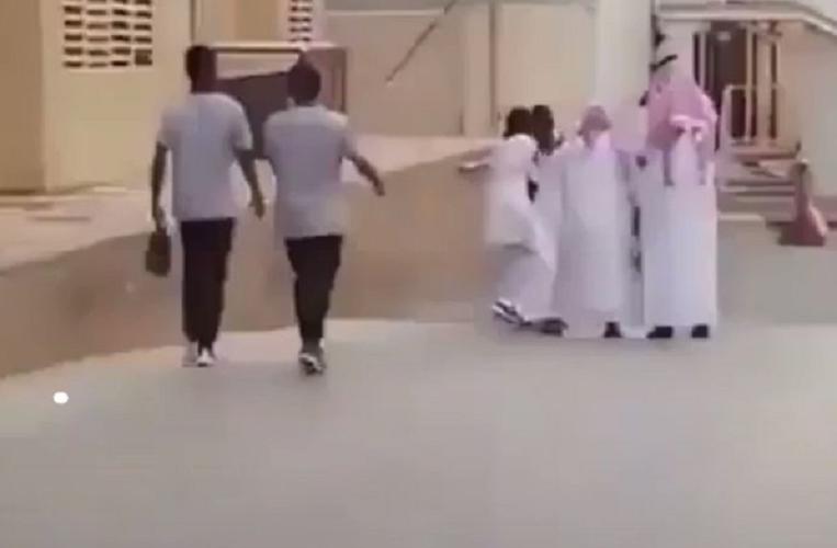 فضيحة جديدة لمتحرش سعودي في السبعين من عمره بممرضة