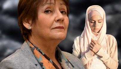 وزيرة التربية الجزائرية تمنع الصلاة اثناء الدراسة وتوقف طالبة لادائها الصلاة فى المدرسة