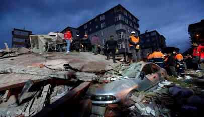 حصيلة ضحايا انهيار عقار في اسطنبول
