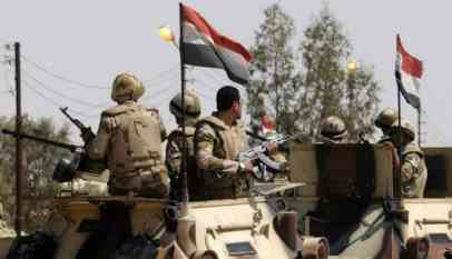 مقتل وإصابة 15 عسكريا مصريا