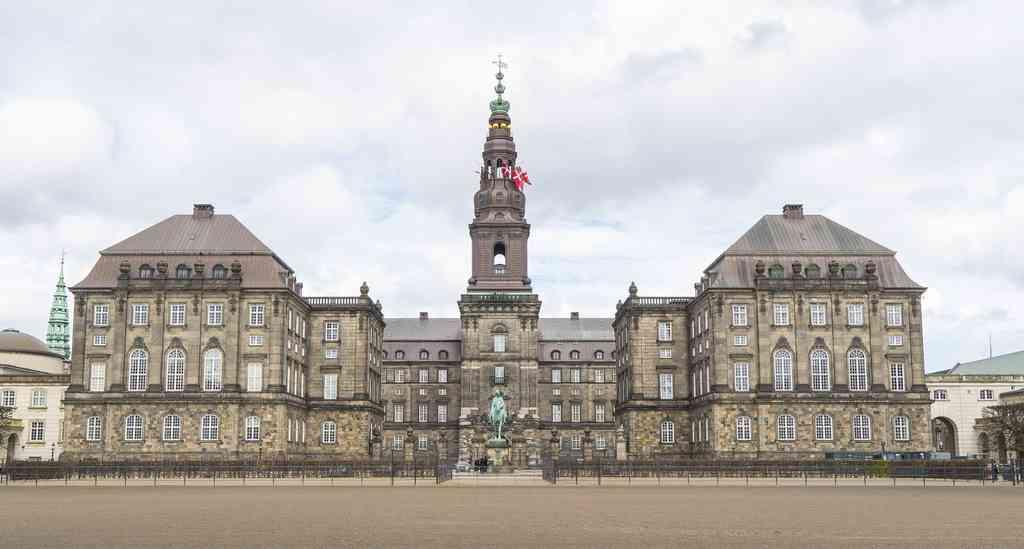 قصر كريستيانسبورغ