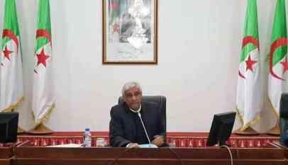 والي بلعباس يمنح بلدية سيدي لحسن مشاريع جديدة لسكنات الاجتماعية 4